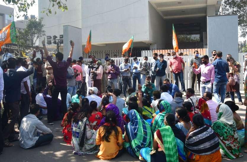GUJARAT BJP NEWS: जताई नाराजगी, सौंपे इस्तीफे, पुलिस रही तैनात