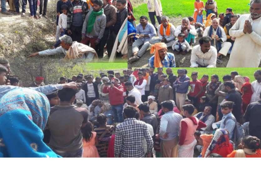 यहां सांप ने बाबा का लिया अवतारः दूर-दूर से लोग आकर चढ़ा रहे हैं दूध और पैसे, उमड़ा जनसैलाब