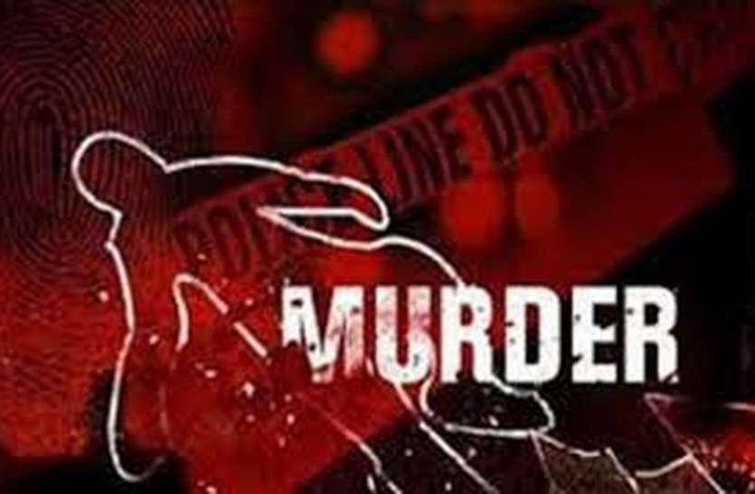 रीवा के लिए गाड़ी बुक करने के बाद टैक्सी ड्राइवर की बेरहमी से हत्या