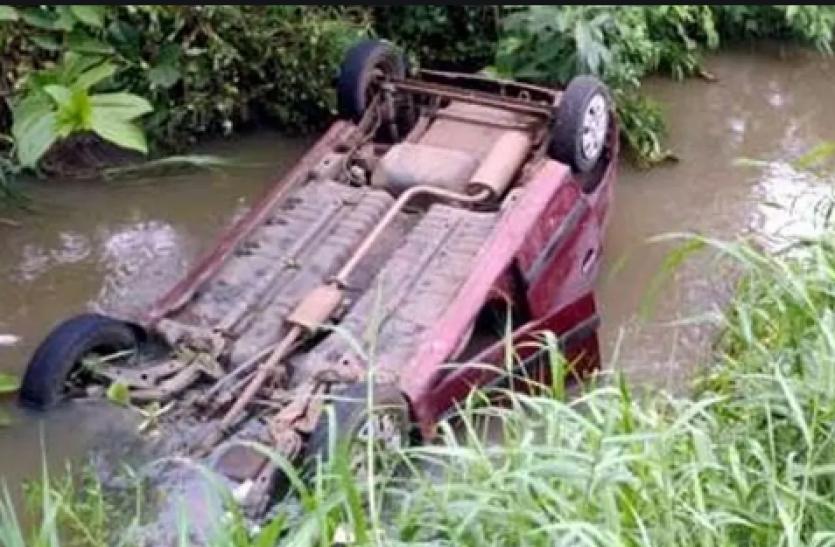 Telangana : वारंगल में कार नहर में गिरी, 3 की मौत