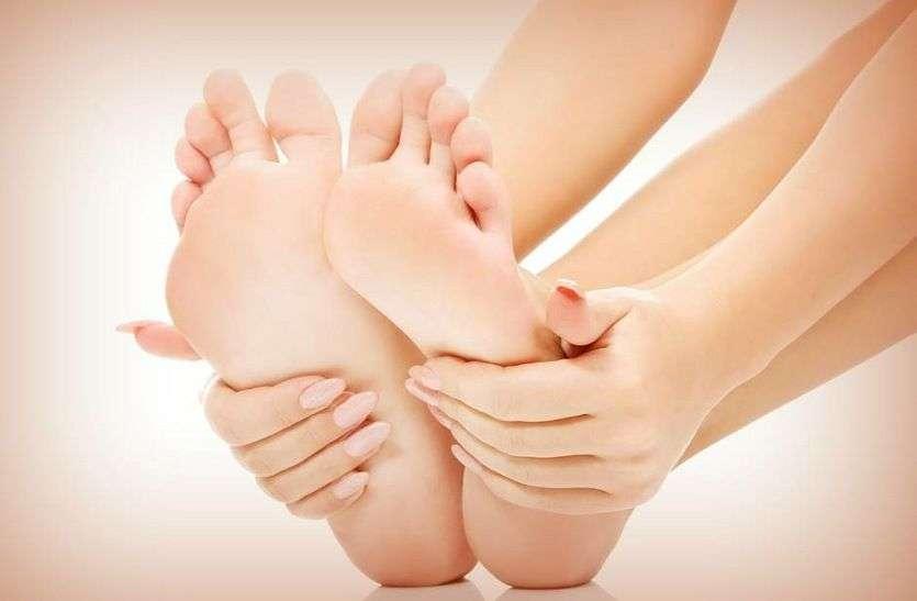 Cracked heels home remedies :- फटी एड़ियों के दर्द और चुभन से परेशान है,  तो यह करें उपाय तुरंत मिलेगा आराम