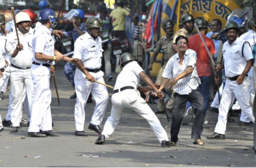 West Bengal : पार्टी कार्यकर्ताओं की पिटाई के बाद लेफ्ट का बंद आज