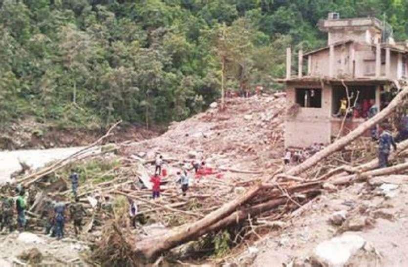 Indonesia: भारी बारिश के बाद कई जगहों पर भूस्खलन, अब तक 10 लोगों की मौत, 9 लापता