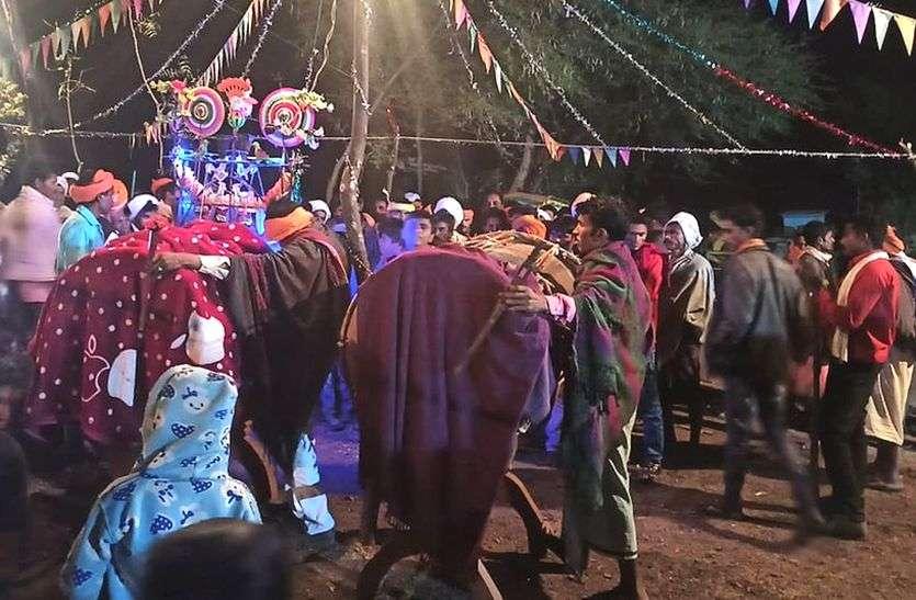 जानिए कहां... 38 साल बाद मनाया इंदल राजा उत्सव, रातभर हुआ नाच गाना