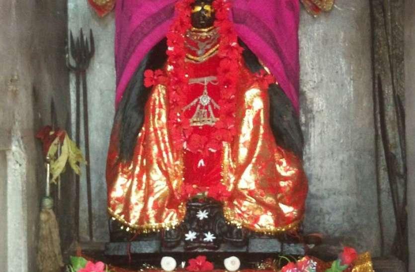 विराट मंदिर से मिलती है यहां की नक्काशी, बांधव राजाओं से पहले का है मंदिर