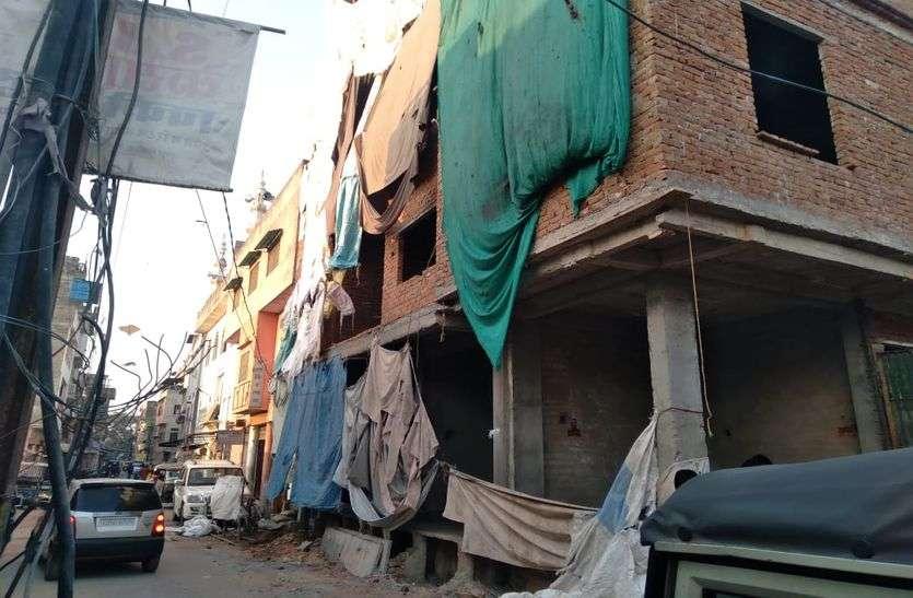 रामगंज बाजार में दुकान, भिंडों का रास्ता में कॉमर्शियल भवन सील
