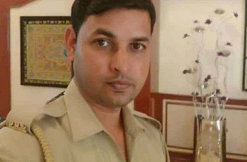 भाजपा विधायक संगीत सोम की सुरक्षा में तैनात सिपाही की मौत