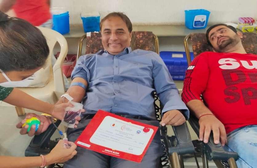 रक्तदान शिविर में 201 यूनिट रक्त एकत्र