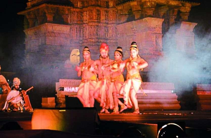 पारंपरिक नृत्य के जरिए शिव के स्वरूप का वर्णन कर दिया स्त्री पुरूष समानता का संदेश