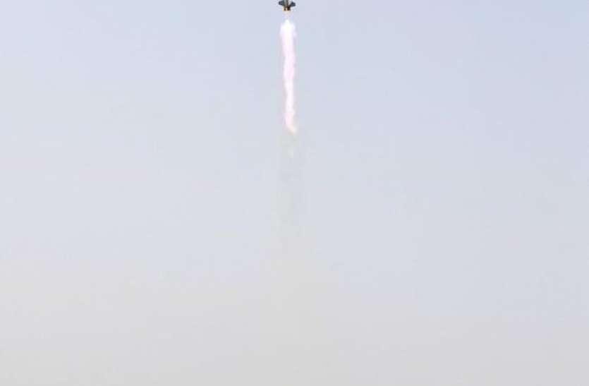 डीआरडीओ को मिली बड़ी सफलता, सरफेस टू एयर मिसाइल का सफल परीक्षण