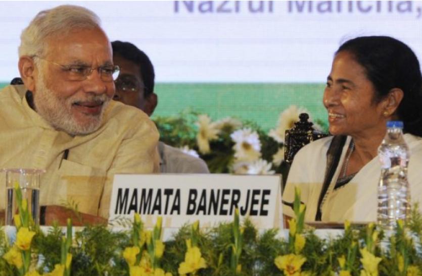 ममता बनर्जी ने पीएम मोदी से बनाई दूरी, रेल परियोजनाओं के उद्घाटन कार्यक्रम में नहीं होंगी शामिल