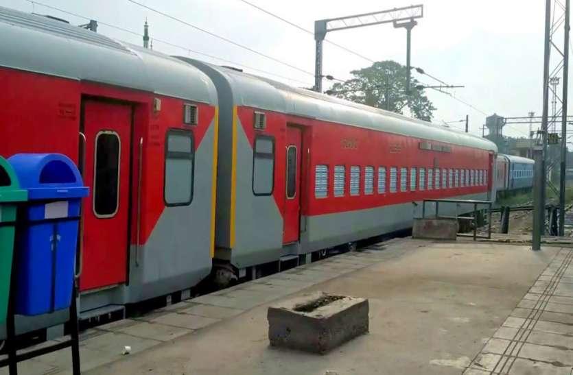 होली पर टिकटों की नहीं होगी दिक्कत, रेलवे ने शुरू की 35 नई पैसेंजर ट्रेनें