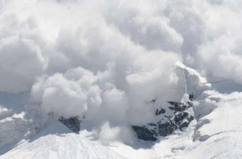 मौसम अपडेटः पहाड़ों पर अगले 5 दिन बर्फीले तूफान के आसार, कई इलाकों में बारिश के बाद बढ़ेगी ठंड