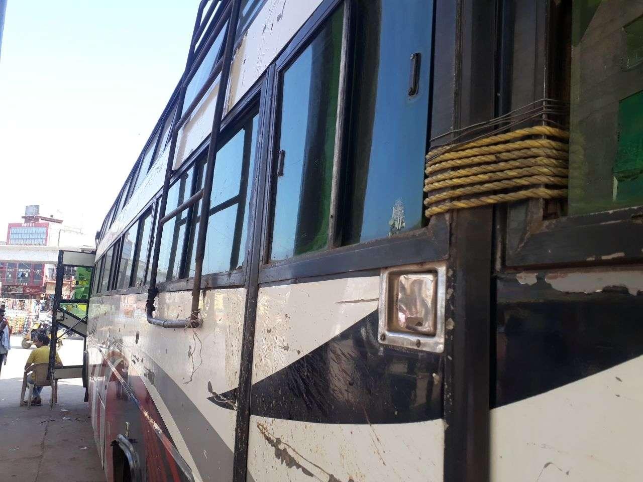 RTO : Direct passengers in Rewa refuse to climb on Khatara bus