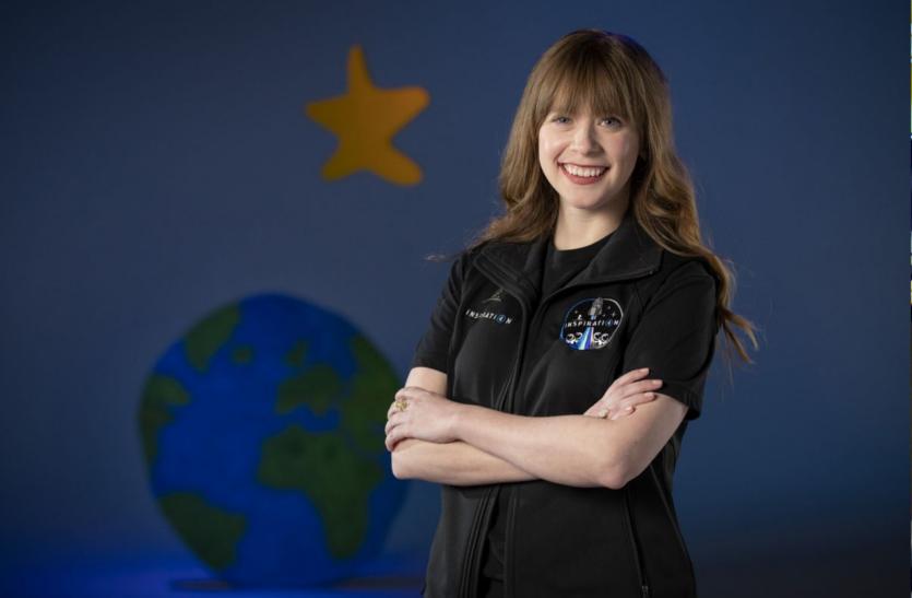 कृत्रिम अंगों के साथ अमरीका की हेली भरेंगी अंतरिक्ष की उड़ान