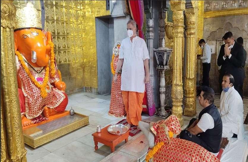 जयपुर आए रॉबर्ट वाड्रा, राजनीति में आने पर  किया यह ऐलान...