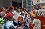 दीवान माधोसिंह का शोभायात्रा के साथ किया स्वागत, महिलाओं ने गाए मंगल गीत, बैण्ड की बिखरी मधुर धुनें