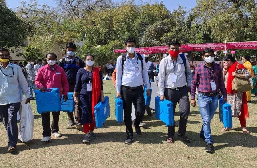Gujarat: गुजरात में  नगरपालिका, जिला, तहसील पंचायतों के लिए मतदान आज