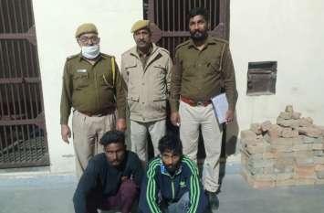 राहगीर से मोबाइल लूट कर भागे, एक आरोपी को लोगों ने पकडकऱ पुलिस को सौंपा