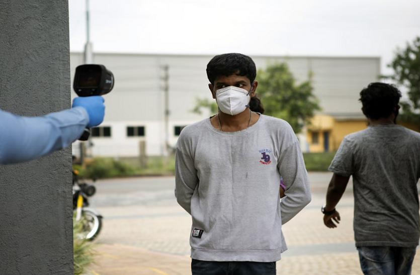 हरियाणा: गुरुग्राम की एक सोसाइटी में मिले 22 कोरोना मरीज, कंटेनमेंट जोन घोषित