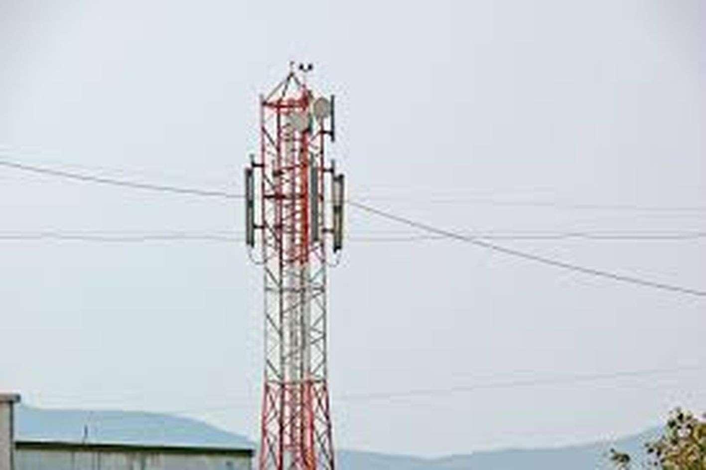 मोबाइल बने झुनझुना,  ऑनलाइन कार्य में उठानी पड़ती परेशानी