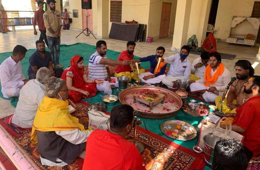 धार्मिक कार्यक्रमों का  आयोजन: मनाया प्रतिमा का 10वां पाटोत्सव