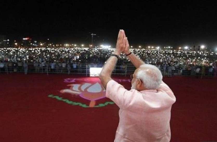 बंगाल में पीएम मोदी की रैली में शामिल हो सकते हैं ये दिग्गज सितारे, पार्टी जॉइन करने की भी अटकलें