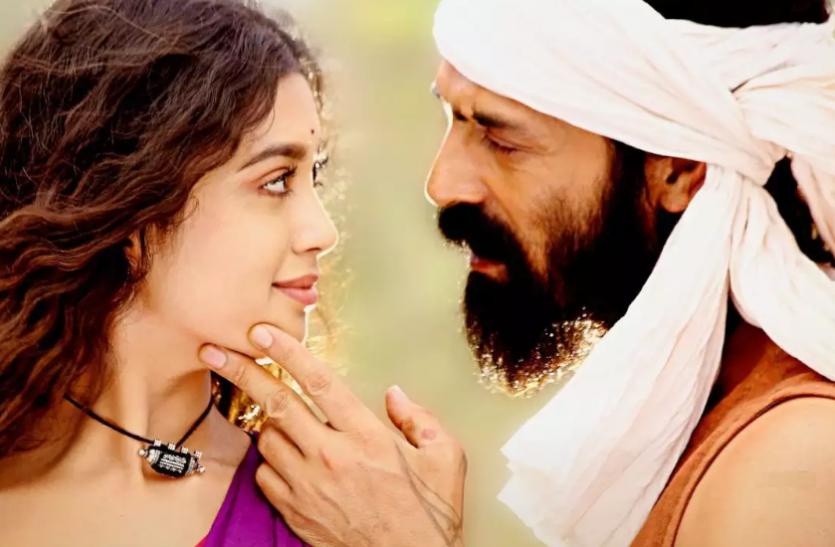 अर्जुन रामपाल, सनी लियोन की 'द बैटल ऑफ भीमा कोरेगांव' का होगा 'अनेक' से मुकाबला