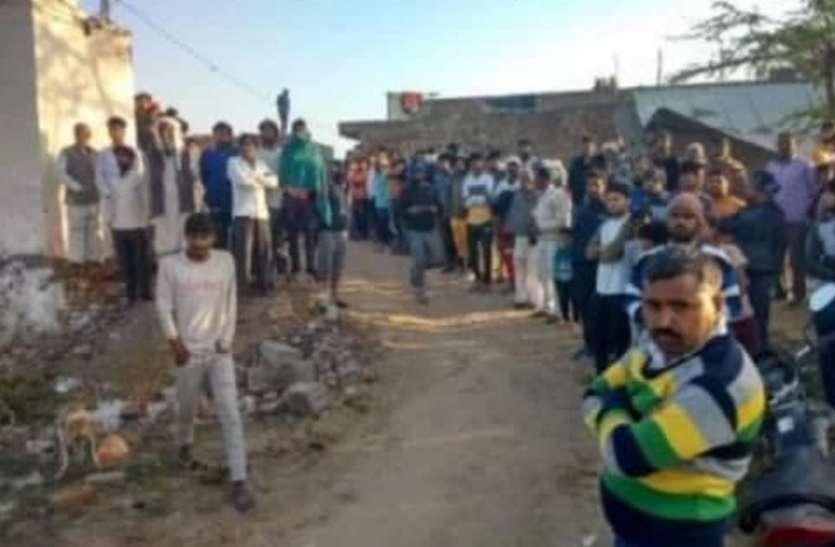 हथौड़ा मारकर पत्नी और दो बेटियों की निर्मम हत्या, तीसरी बेटी की हालत नाजुक