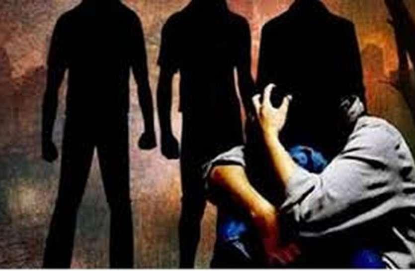 sexual harassment : घर, दफ्तर और सडकों पर हर जगह हैं हवसखोर