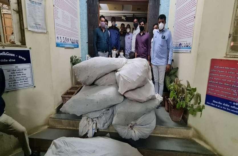 Ahmadabad News : 40 लाख कीमत का 407 किलो गांजा बरामद