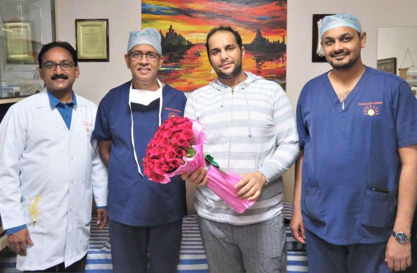 सिंगल स्टेज सर्जरी कर ओमान से आए रोगी को बचाया