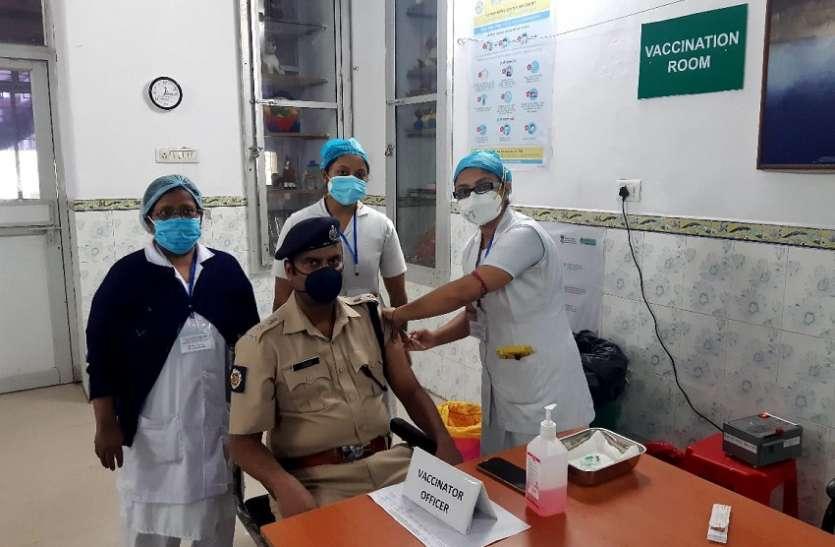 WEST BENGAL--पूर्व रेलवे का रेलवे अस्पतालों में टीकाकरण जारी
