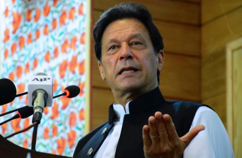 Pakistan : इमरान खान ने संसद में विश्वासमत हासिल किया, संकट टला