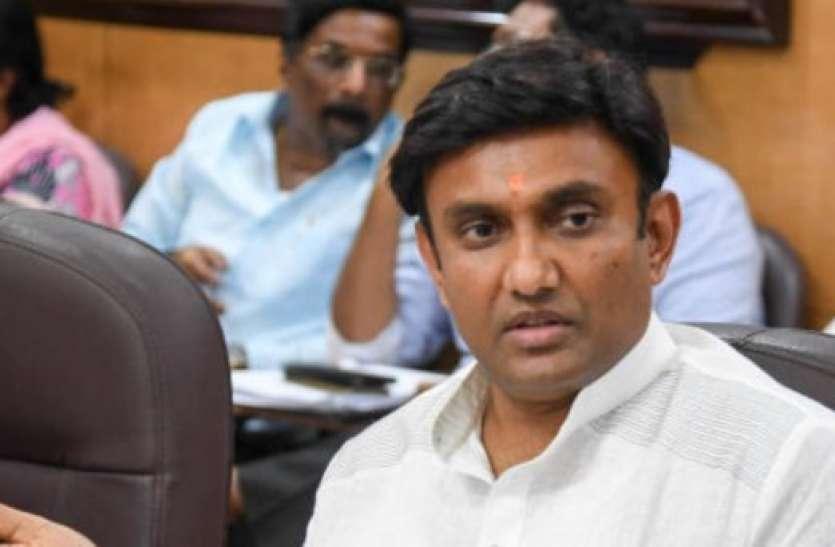कोविड-19 को लेकर कर्नाटक सरकार ले सकती है यह फैसला
