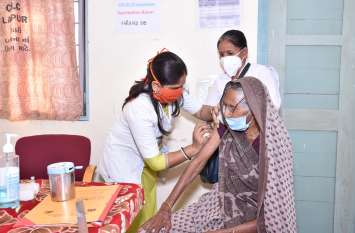 Gujarat: गुजरात में कोरोना के नए 575 मरीज, डेढ़ महीने में सर्वाधिक
