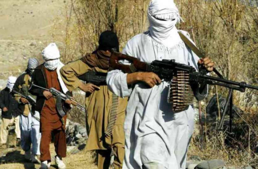 Jammu-Kashmir : गृह मंत्रालय की रिपोर्ट से बड़ा खुलासा, सीमा पर आतंकवादी घुसपैठ में भारी कमी