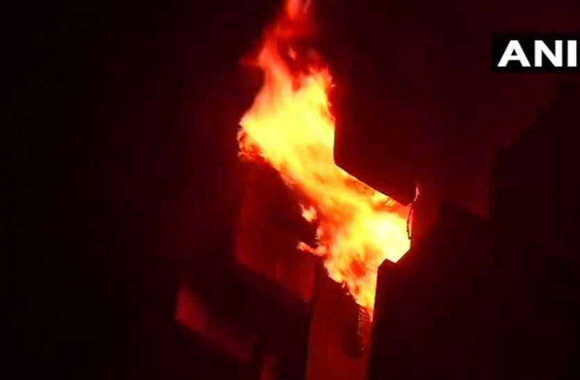 कोलकाता में आग की चपेट में मरने वालों के परिवारों को पीएम राहत कोष से मिलेंगे दो लाख