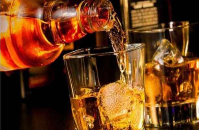 होली पर इस बार चार गुना ज्यादा होगी शराब की बिक्री, आबकारी अधिकारी ने कही ये बात