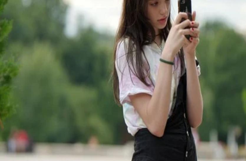 सोशल मीडिया पर अपनी तस्वीर को परफेक्ट दिखाने के लिए 90 फीसदी लड़कियां करती है यह काम