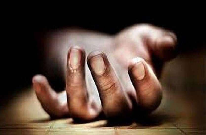 21 का युवक 25 की प्रेमिका के साथ होटल में गया, देर रात इस हालत में मौत, प्रेमिका बैठी रोती रही