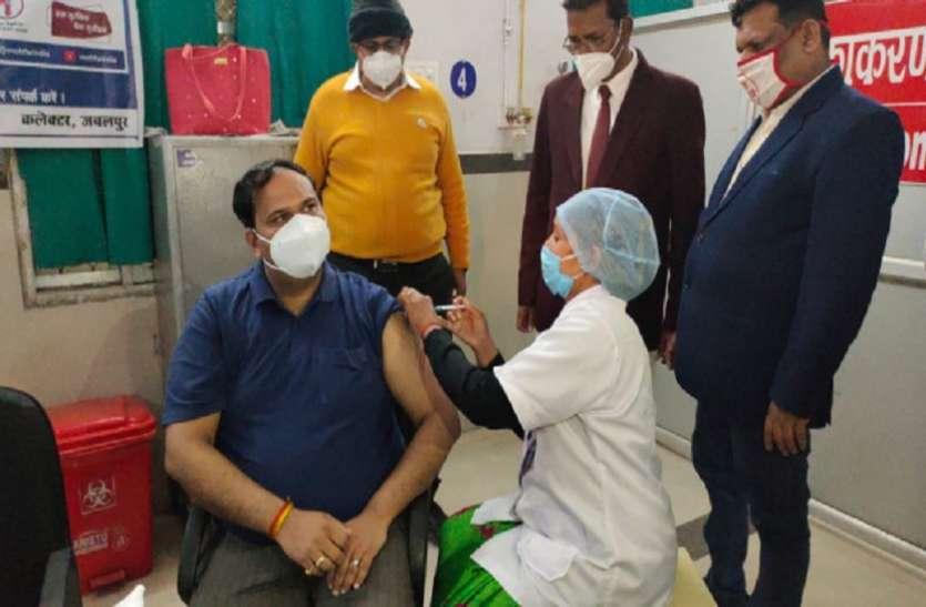 MP में कोरोना का कहरः Corona Vaccine की दोनो डोज लेने के बाद भी कलेक्टर Positive, एक महिला की मौत