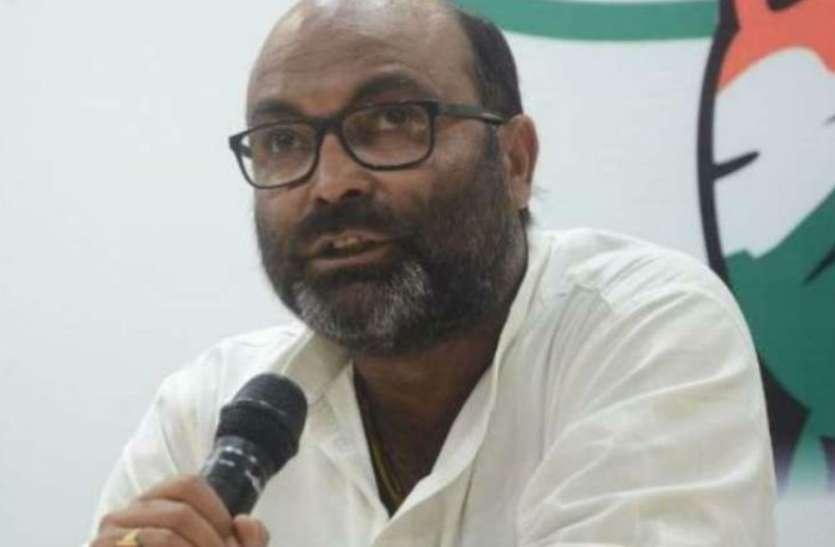 यूपी में प्रशासन की मिलीभगत से चल रहा है नकली शराब का कारोबार : अजय कुमार लल्लू