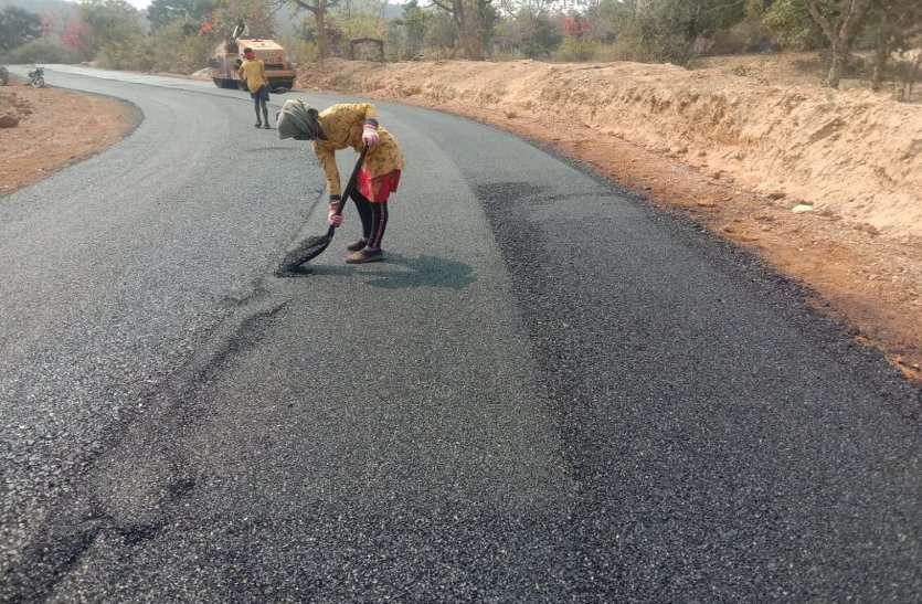 40 साल ग्रामीणों को खराब सड़क से मिलेगी राहत, बाढ़ में भी बंद नहीं होगा आवागमन