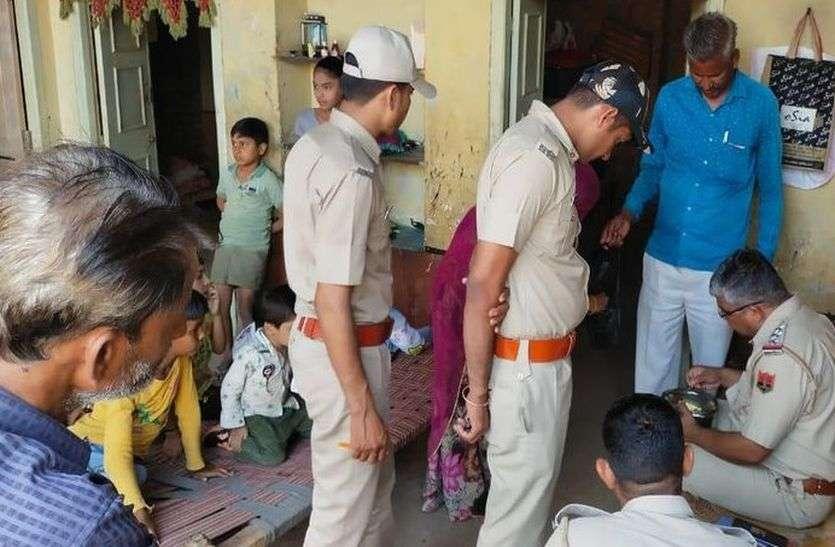 पादरली मेंं छह दिनों के अन्तराल में छह जगहों पर चोरों ने ताले तोडकऱ की सेंधमारी