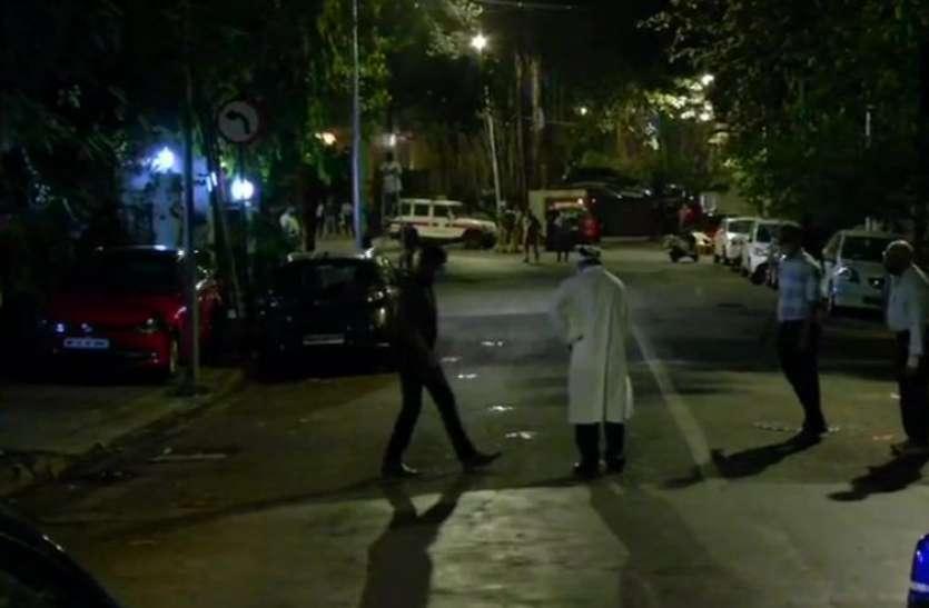 एंटीलिया केसः NIA ने रीक्रिएट किया क्राइम सीन, वाजे को कुर्ता पहनाकर चलाया