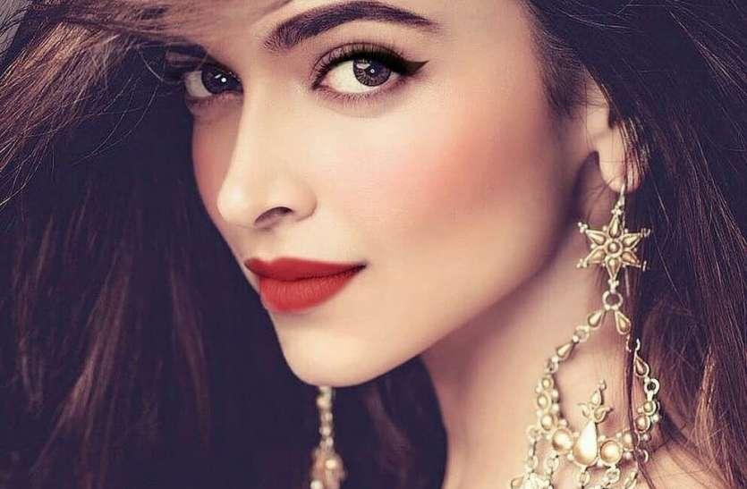 Deepika Padukone की Makeup Artist ने बताया घर पर आईब्रो बनाने का तरीका