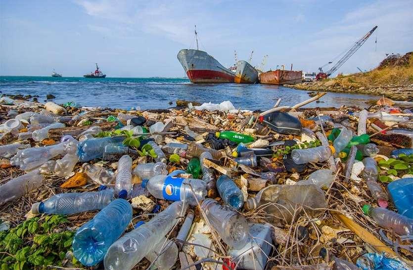 पारोस द्वीप पर पर्यटक बढ़ा रहे प्लास्टिक का कचरा, ऐसे निपटेगा यूनान