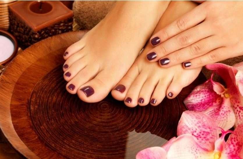 घर पर इन आसान टिप्स से करें चॉकलेट पेडीक्योर और पाएं खूबसूरत पैर
