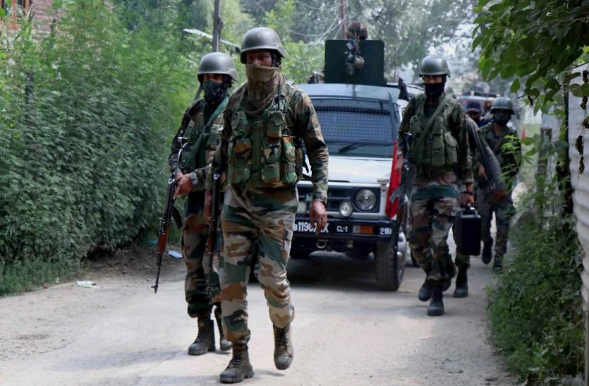 Jammu-Kashmir: CRPF काफिले पर बड़ा आतंकी हमला, दो जवान शहीद